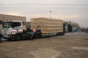 Packaging, cleaning, dunnage and covering of cargo in warehouses on the yard
